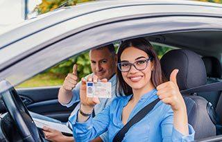 rijles aanbieding en met korting je rijbewijs halen